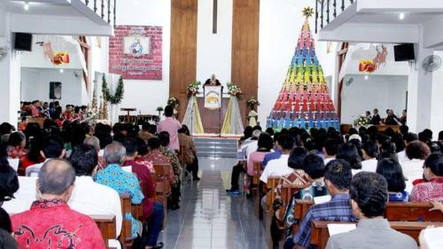 Pelaksanaan Ibadah Natal di GKJ Wonosari